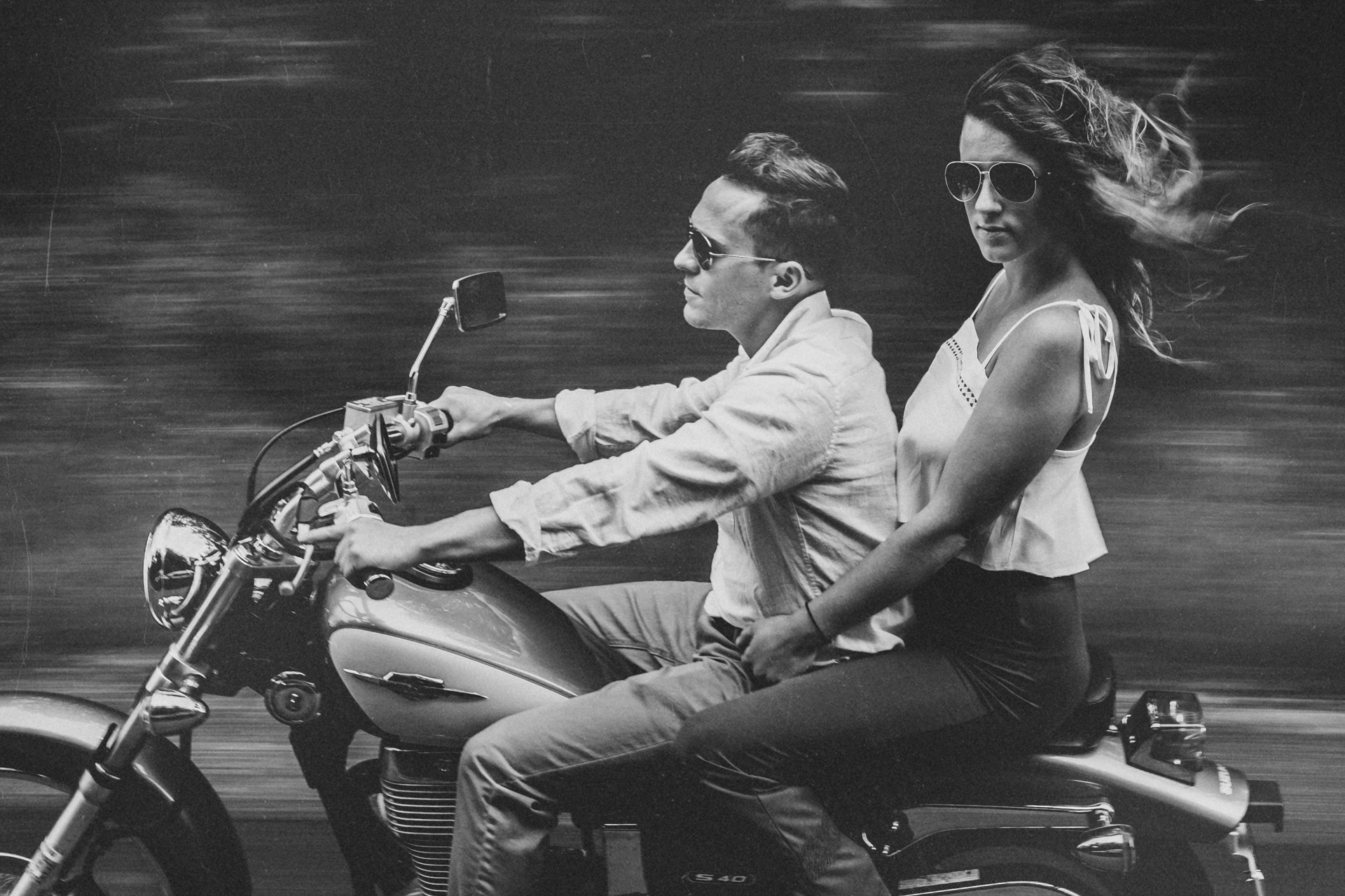 Motorcycle-engagement-photos01